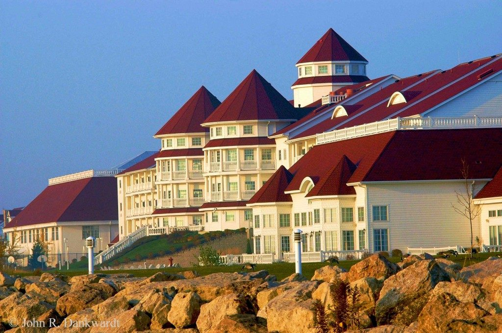 Blue-Harbor-Resort-Sheboygan-Wisconsin-1024x680