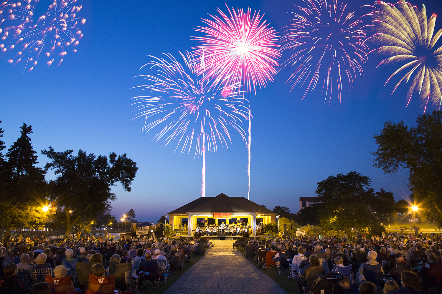12 Wisconsin Cities with the Best Fourth of July Celebrations