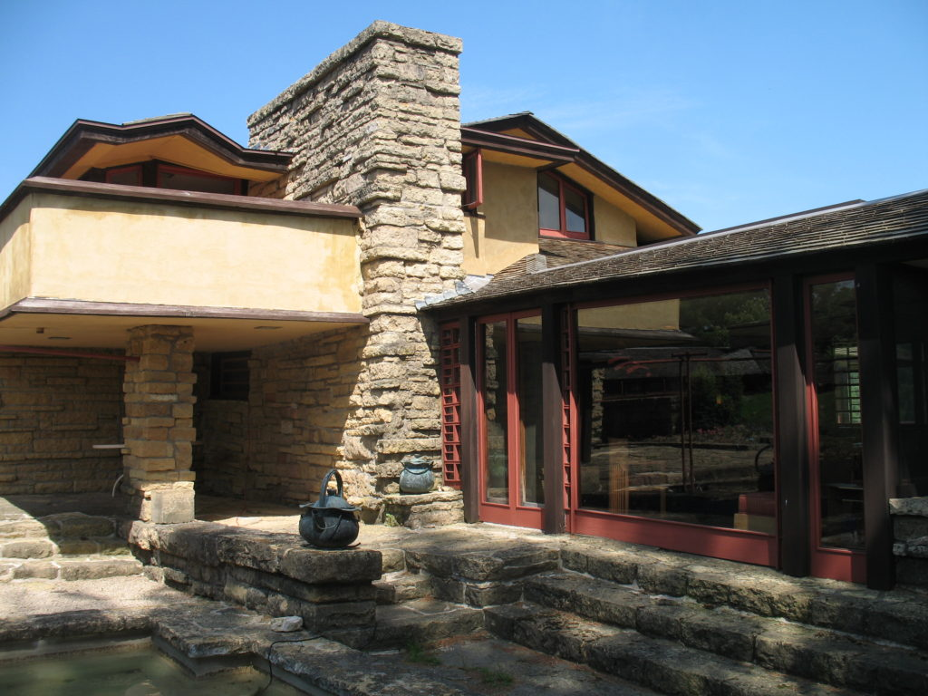 tour frank lloyd wright architecture in wisconsin the bobber. Black Bedroom Furniture Sets. Home Design Ideas