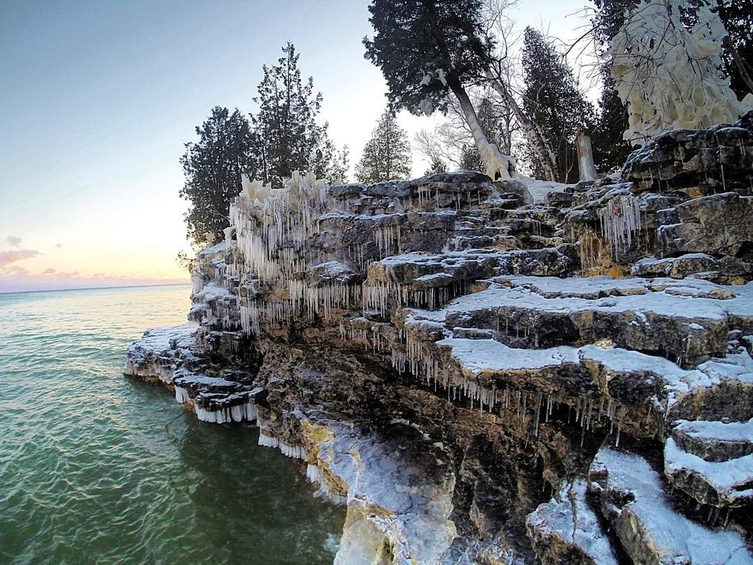 10 Natural Wonders in Wisconsin that are Absolutely Gorgeous in the Winter