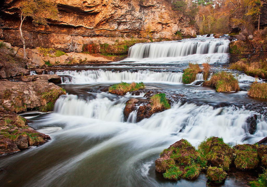 With 3,000 acres of stunning scenery, Willow River State Park offers year-round recreational opportunities.