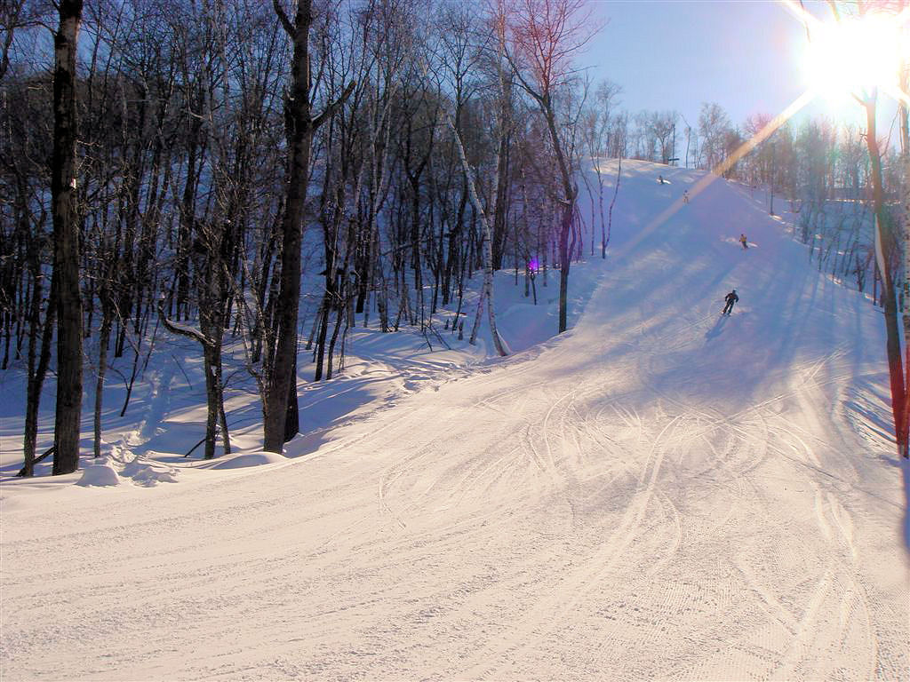 14 places to ski and snowboard in wisconsin - the bobber