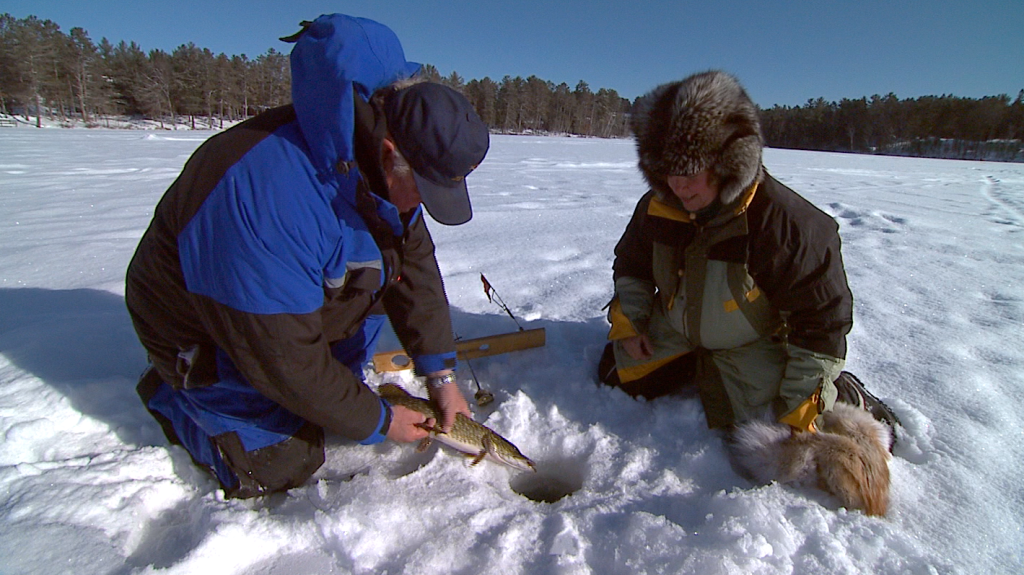 5 ice fishing safety tips the bobber for Ice fishing tips