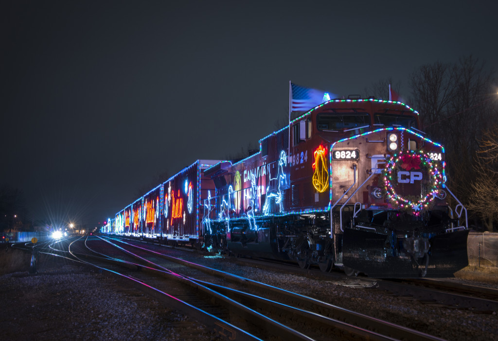 holiday-train-5